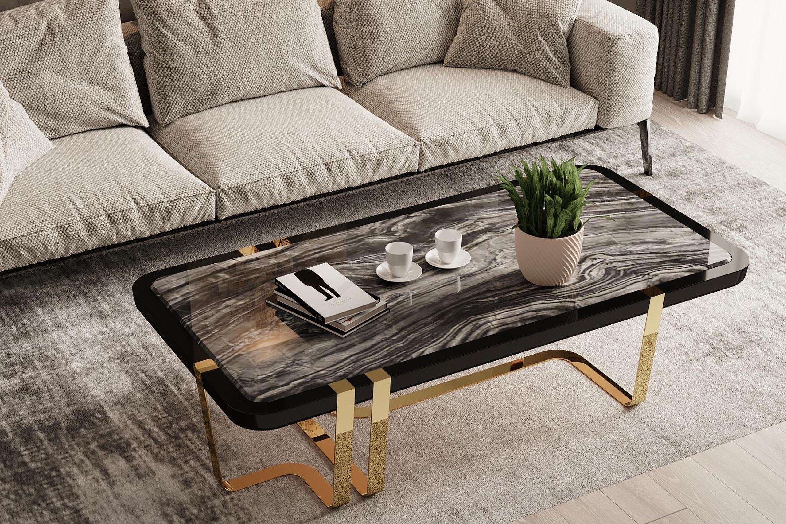 GIORGIO TABLE